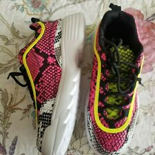 Qupid Women's shoes Snake Print multi color size 8