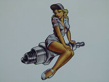 Oldschool Pin up Aufkleber Sticker Spark Zündkerze Girl Rockabilly Auto USA V8