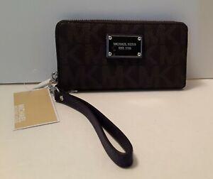 Michael Kors EST. 1981 Jet Set LG Coin Phone Case Travel Zip Wallet Wristlet NEW