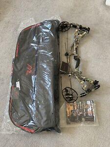 Hoyt RX4 alpha LH 60lbs 28-30 inch RT edge camo
