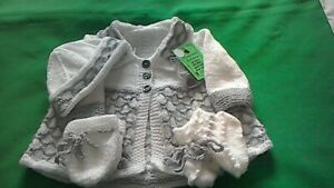 Handknitted Babys Grey and white matinee coat,hat,mitts,boots set size 0/3months