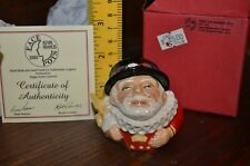 Face Pots Kevin Francis Pot Sculpted Figure 2001 Alfred The Beefeater Gold Rare