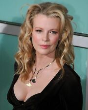 Kim Basinger  8 x 10 / 8x10 GLOSSY Photo Picture IMAGE #2