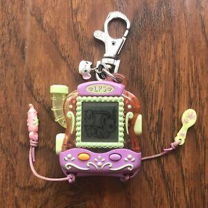 Hasbro 2005 LPS Littlest Pet Shop Mouse Digital Pet Keychain Electronic Toy