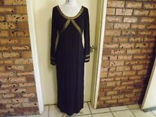 Charlie Brown Long Sleeved Full Length Gown sz 12
