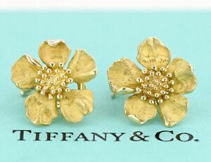 Tiffany & Co. Dogwood Flower Clip-On Earrings 18K Yellow Gold 750 k539