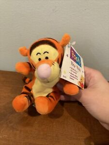 """The First Years Disney Pooh Rattling Friends Plush 5"""" Tigger Baby Rattle Toy VGC"""