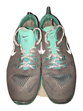 New listing Nike women running tennis shoe 7.5 women grey and aqua