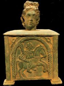 RARE ANCIENT ROMAN BRONZE HUGE PERIOD JEWELLERY BOX WITH SCENES - 200-400 AD