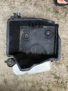 08-10 Ford F250 F350 F450 F550 OEM 6.4 Battery Tray Windshield Washer Bottle