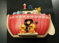ENESCO 1980 NOAH'S ARK TALK TO THE ANIMALS  WOODEN MUSIC BOX!    e2028UXX