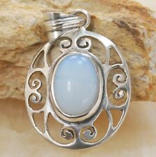 Hollow Hand inlaid Moonstone gemstone silver pendant Jewelry BP67