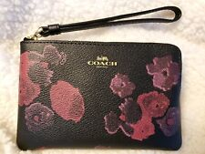 Coach F39056 Corner Zip Wristlet With Halftone Floral Print on Black