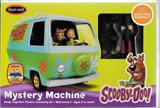 Polar Lights Scooby - Doo Mystery Machine Snap Together Model Kit w/ Figures 901