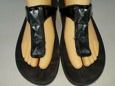 FITFLOP Women's 8 Black Patent Leather Jeweled Thong Sandals