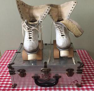Vintage Roller Skates with Wood Wheels w/ Case - Chicago Roller Skate Co. - Size