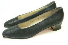 Women's Salvatore Ferragamo Heels Black Leather 9.5AAA Narrow Italy Classics