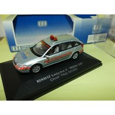 Renault Laguna II Medical car Circuit Paul Ricard Universal Hobbies 2177 1 43