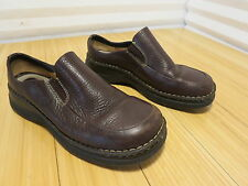 Men's Born Loafer Moccasin Shoes Size 9 US MW Brown Burgandy Leather