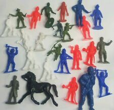 25 Vintage Plastic Figures Marx And Unbranded Multicolored Men Animals