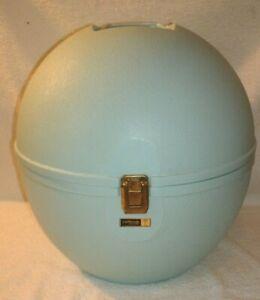 Vintage LaRonde Jet Set Retro Wig Carrier baby Blue Hat Carrier 1950 mcm mod