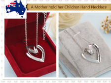 Mother's Day A Mother Hold Her Children Hand Love Heart Pendant Chain Necklace