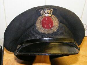 WW2  VINTAGE  MERCHANT NAVY CAP & BADGE.