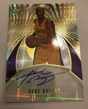 2016-17 Panini Revolution AUTO Kobe Bryant On Card AUTOGRAPH