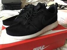 Men's Nike Air Roshe Run Size 8 511881-010 Original Release Lightly Worn