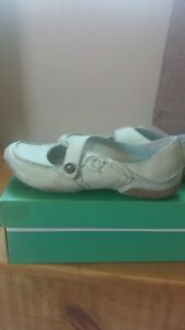 Clarks Leather Duck Egg Blue Shoes Size 6