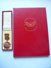 Orden VVO Bronze+ Urkunde Schuber Berlin 1969 Unterschrift Walter Ulbricht rar