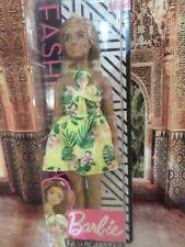 Fashionista Barbie Curvy sized fashion doll. 2019. Mattel. New