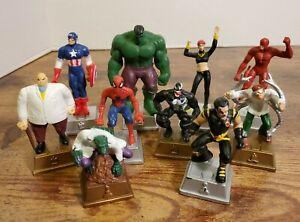 Marvel Heroes Loose Chess Pieces 2003 Pressman, Lot of 10.
