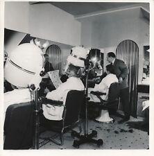SALON DE COIFFURE c. 1960 - Fauteuils Casques Sèche-Cheveux - NV 873