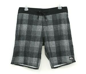 Quicksilver Board Surf Shorts Swimming Trunks Size 34 Plaid Black/Gray