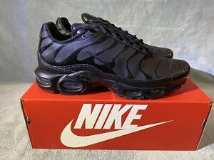 Nike Air Max Plus 'Triple Black'AJ2029-001 Size 11.5