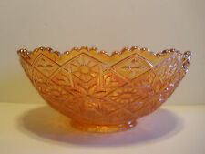 Vintage gold bowl with scalloped edge
