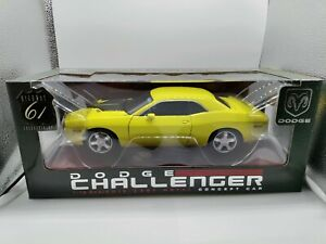 HIGHWAY 61 Dodge Challenger Concept Car 1:18 Scale Diecast