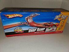 2008 Mattel Hot Wheels Trick Tracks Drop Ramp Car & Trading Card Included NIB