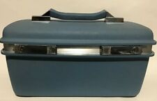 Vintage Samsonite Travel Make Up Montbello II Train Case Light blue Silver Tray