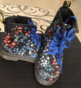 Dr. Martens Flower Print Boots Kids U.S. Size 11 Blue