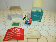 """Disney Wdcc Signed Mickey Mouse """"Presents for my Pals"""" 1995 Holiday annual!"""