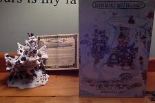 Boyds Bearly Built Kringle&#039 00004000 ;s Village / Hoofer Hall Reindeer Dormitor / 4th editi