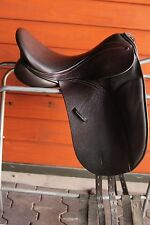 "EUC County Connection Dressage Saddle, 17"" W Tree, Short Flap, Dk Brown Buffalo"