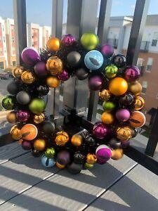 "17"" Shatterproof Light Up LED Eyeball Halloween Wreath - Hyde & EEK! Purple"