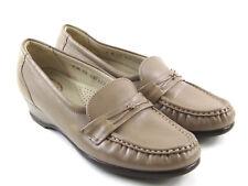 SAS Beige Leather Moc Toe Casual Dress Flat Loafer Shoes Women's Size 6 M