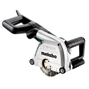 Metabo 604040620 120-Volt 15-Amp Electric Wall Chaser Circular Saw w/ Case
