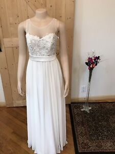 Davids Bridal wedding dress size 4 Ivory NWT