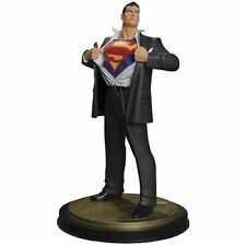 SUPERMAN FOREVER #1 STATUE FULL SIZE BY ALEX ROSS - DC DIRECT