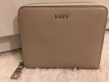 DKNY BRYANT FOG GREY EPI LEATHER ZIP AROUND COIN CARD NOTE PURSE WALLET BNWT